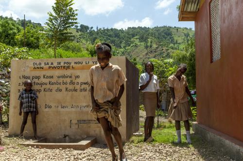 Mubea hilft in Haiti - Frauengruppen
