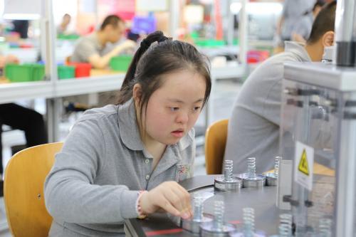 Erfolgreiche Zusammenarbeit - Mubea hilft in China